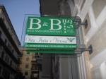 B&B Villa Italia e Vittoria insegna 1.JPG