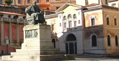 Cosenza Biblioteca civica.jpg